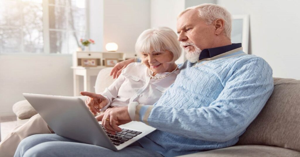 How Couples Can Get Maximum Benefit From Social Security